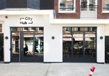Transformatie meubelloods naar CityHub  :   CityHub Amsterdam