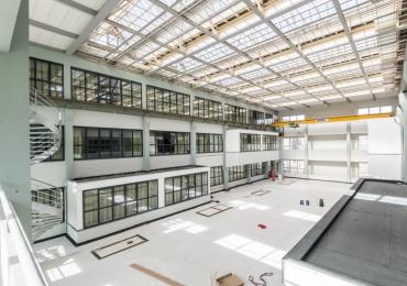 Transformatie van magazijn tot woonunits :   Magazijn, Den Haag